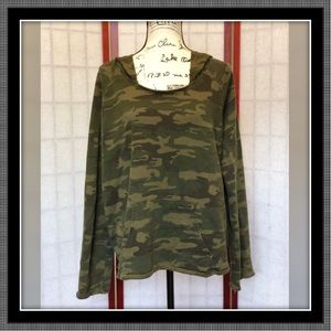 Green Camo Hooded Tee - NWOT - Size L